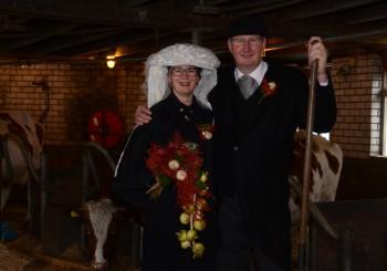 Boerenbruidspaar: Maarten van der Heijden en Jolanda Manders